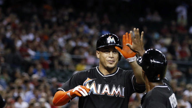 Stanton's 2 HRs lead Marlins past Diamondbacks 3-2