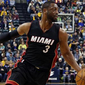 NBA Wade agrees to deal with Heat