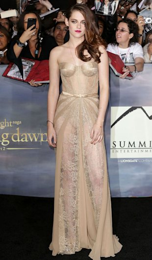 Kristen Stewart To Auction Off 'Twilight' Premiere Gold Zuhair Murad Dress For Hurricane Sandy Relief