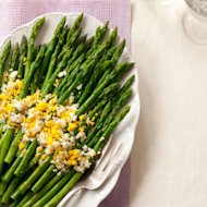 Prepare asparagus with eggs mimosa up to two days in advance.