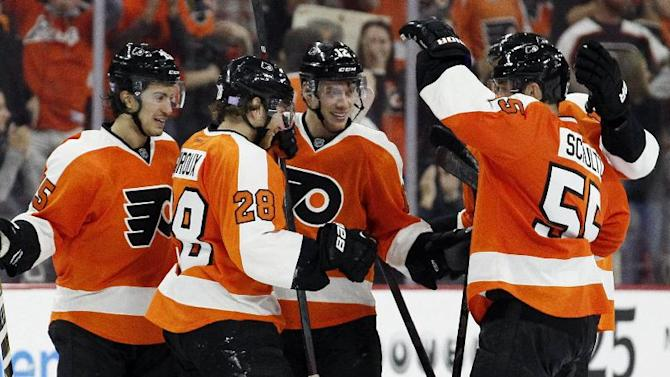 Raffl scores 2, Schenn nets winner for Flyers