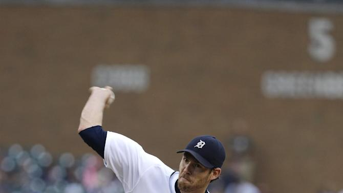 Fister, Tigers edge White Sox 2-1