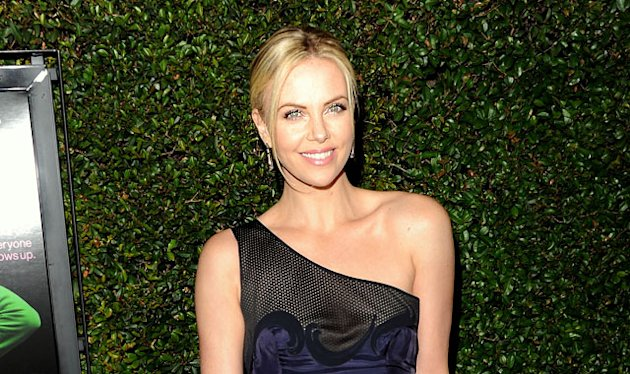 Charlize Says Mommyhood is &#39;Incredible&#39;
