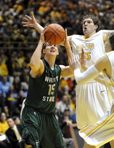 Valparaiso holds off Wright State in Horizon final