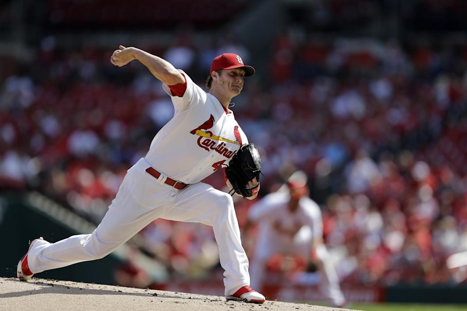 Cardinals win 4-1, sweep Nats to close in on title