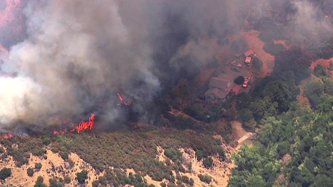 Firefighters in Vacaville's Mix Canyon gain upper hand on 150-acre fire