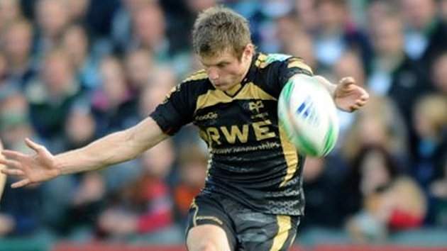 Neath-Swansea Osprey&#39;s Dan Biggar