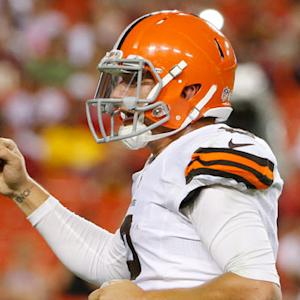 Cleveland Browns quarterback Johnny Manziel finds end zone