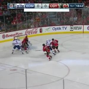 Ben Scrivens Save on Sean Monahan (01:18/1st)