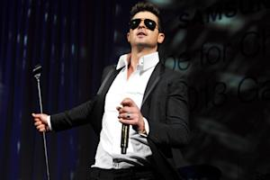 Robin Thicke Debuts Racy Single 'Give It 2 U'