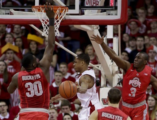 No. 20 Wisconsin cruises past No. 13 Ohio St 71-49