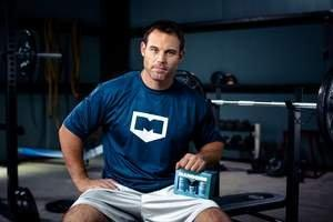 Complete Nutrition Teams Up With Former NFL Super Bowl Champ Mike Alstott