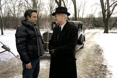 Director Sam Mendes and Paul Newman on the set of Dreamworks' Road To Perdition