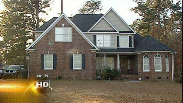 Authorities: Child found dead in bathtub