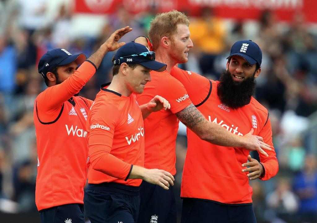 Morgan leads England to T20 win against Australia