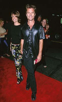 Premiere: Lisa Rinna and Harry Hamlin at the Mann's Chinese Theater premiere of Columbia's Charlie's Angels - 10/22/2000
