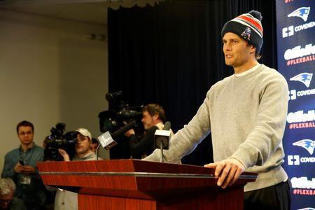 Scandal-hit Patriots try to shift focus to Super Bowl