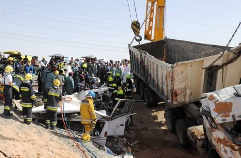 Survivors of a smash that killed 22 labourers in Al Ain have relived the horror of the incident which happened early Monday morning in Al Ain.
