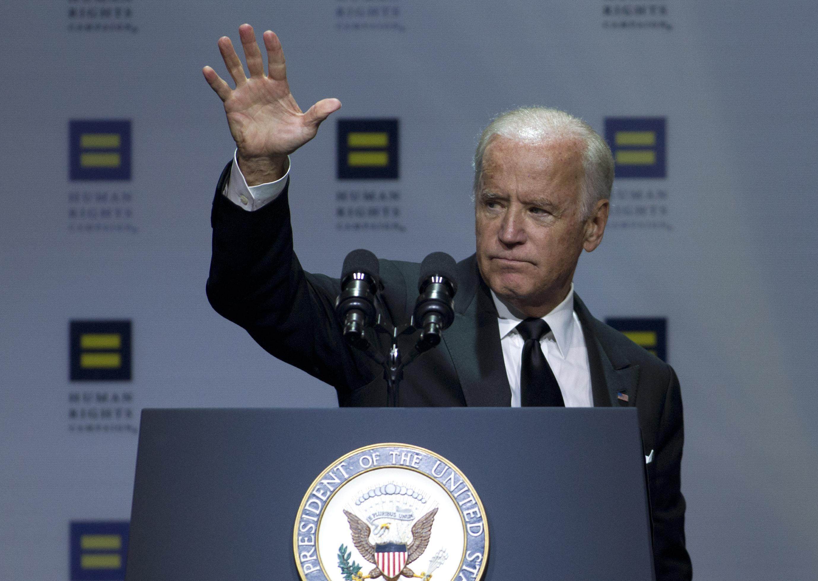 Biden backs transgender military service as US weighs policy