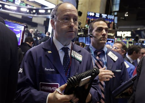 Wall Street stumbles into end of quarter; IBM's 'internet of things'; Starbucks kale smoothie