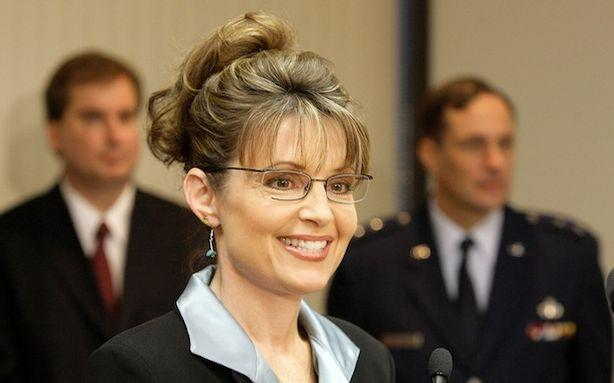 Professional Talking Head Sarah Palin Disavows Professional Talking Heads