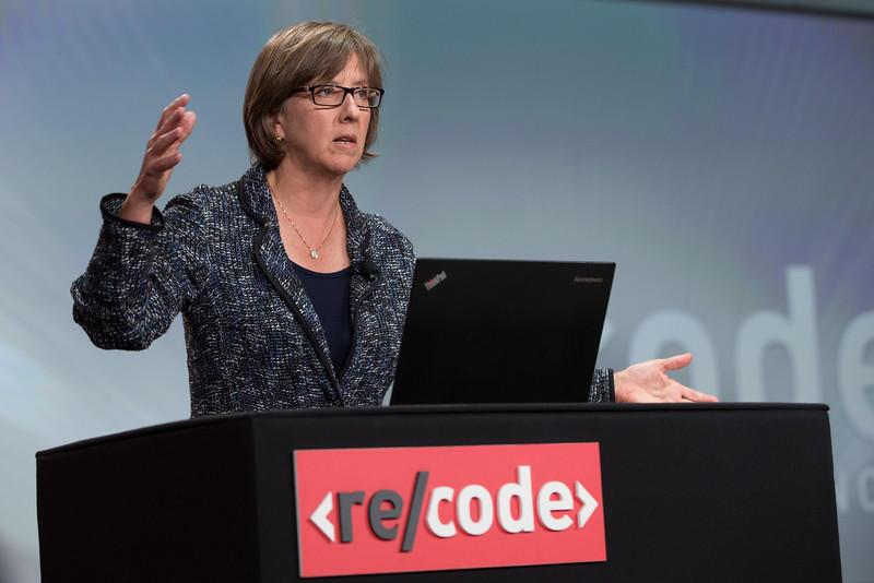 Messaging becoming the heart of mobile, Mary Meeker says