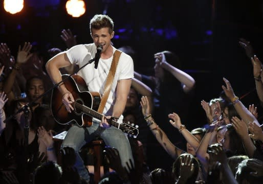 The Voice's Josiah Hawley on His Rocky Amy Winehouse Cover and Misheard Coldplay Lyrics