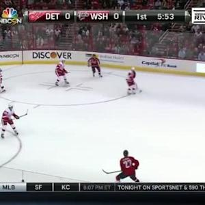 Jimmy Howard Save on Matt Niskanen (14:09/1st)