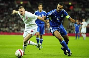 Rooney has all the attributes to be a good captain, says Cleverley