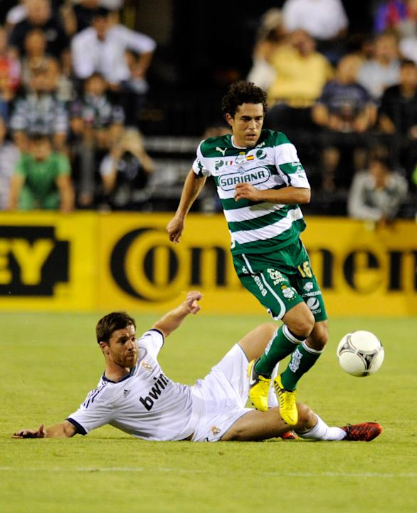 Santos Laguna v Real Madrid