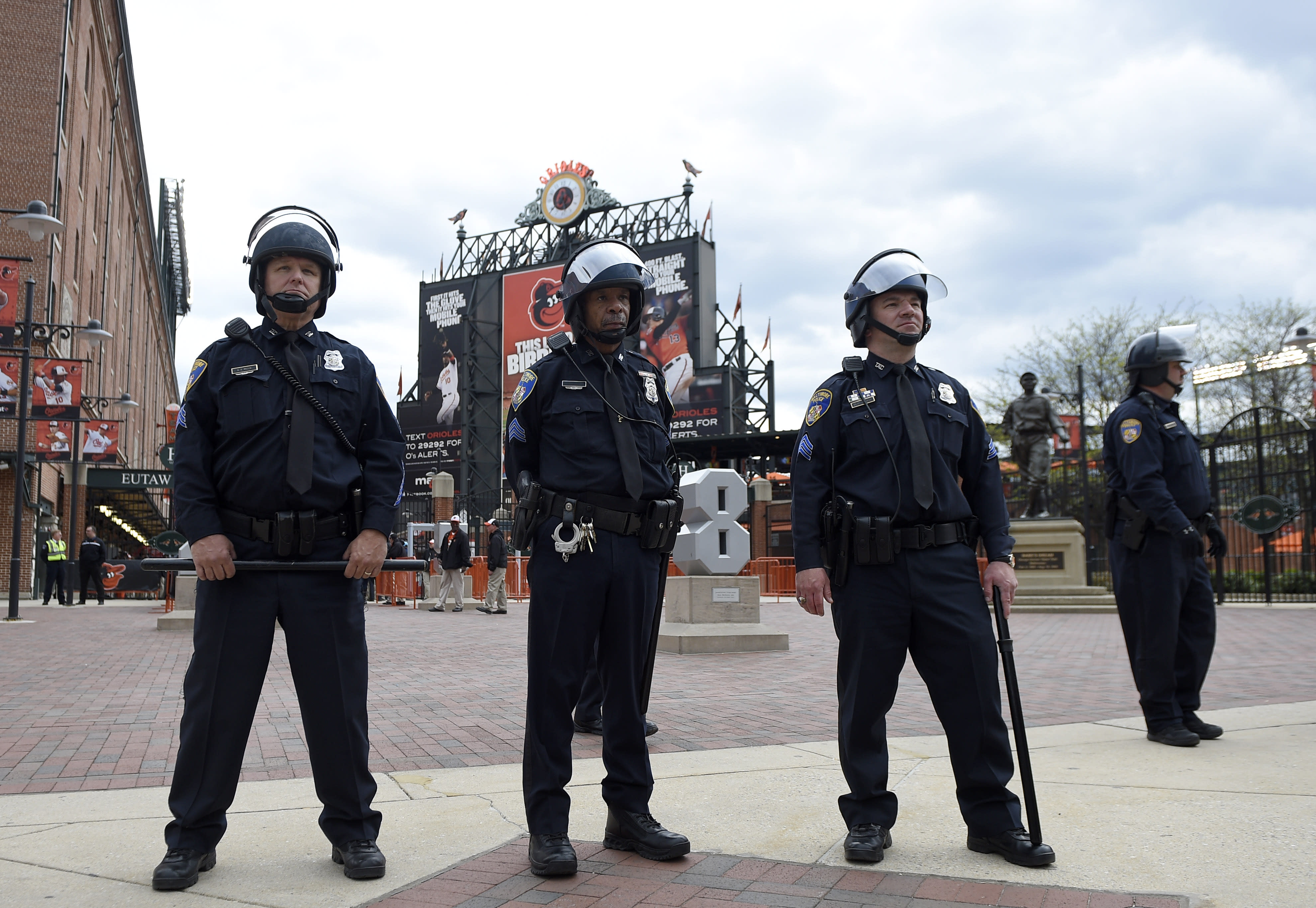 Orioles postpone Monday's game due to ongoing riots in Baltimore