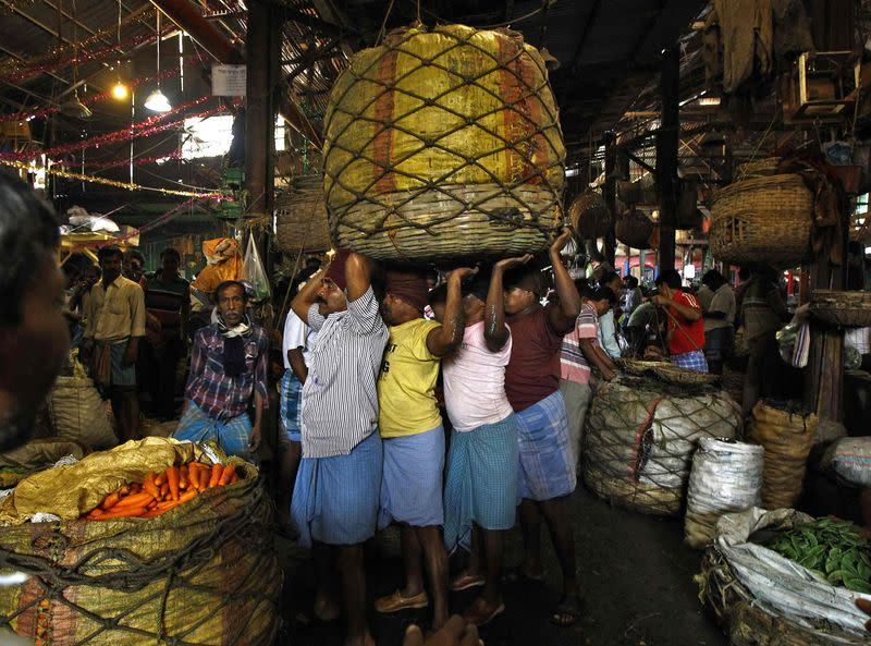 India sets inflation target in monetary policy overhaul