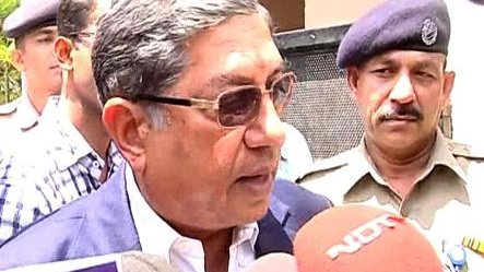 I haven't done anything wrong, won't quit: Srinivasan