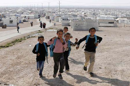 U.N. launches 2015 Syria appeal, focuses on helping refugees' host nations