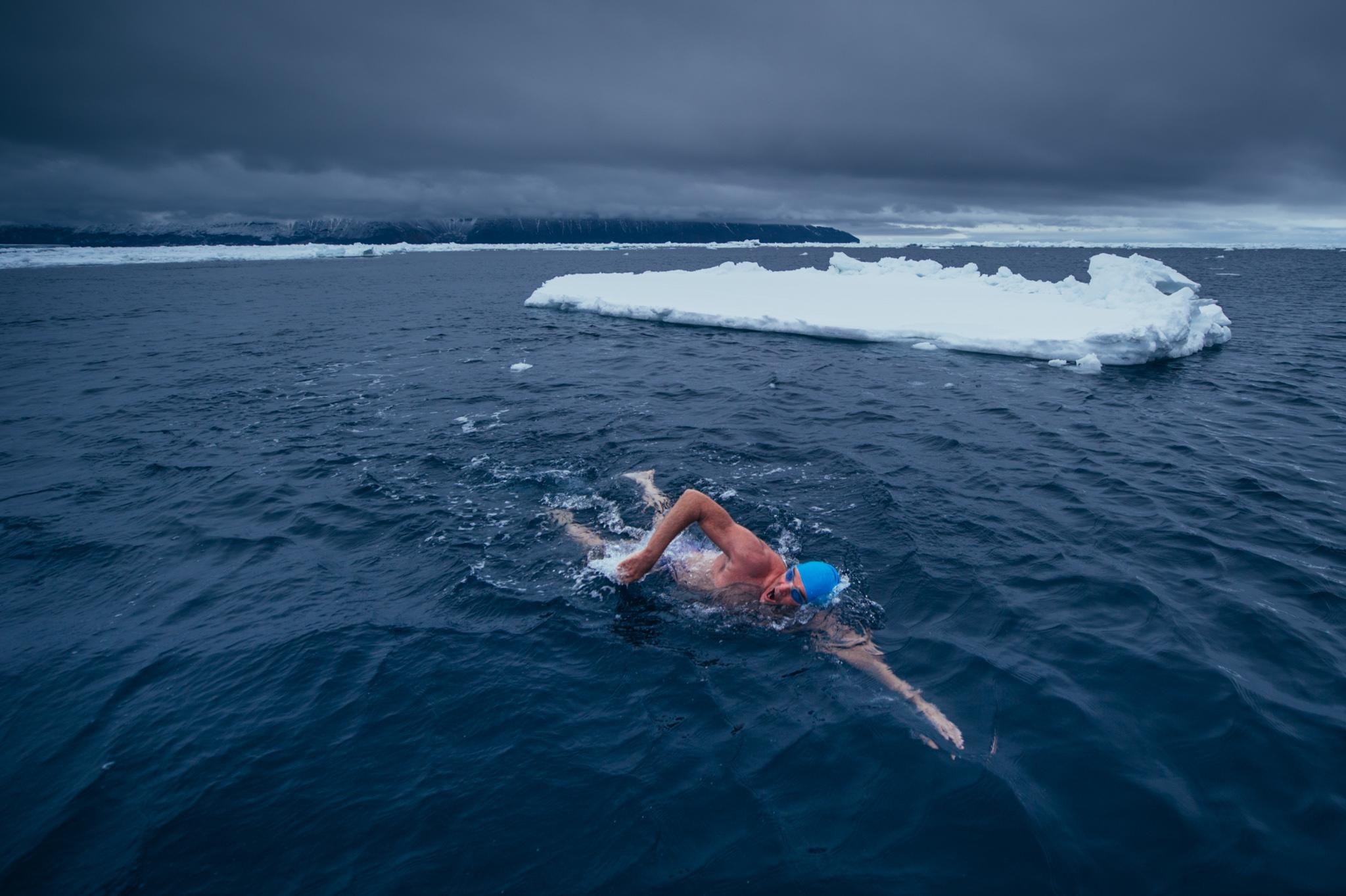 Brit braves Antarctic waters in Speedos in conservation push