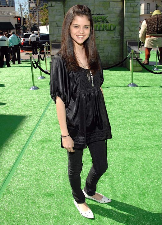 "Selena Gomez arrives at ""Shrek the Third"" Los Angeles Premiere at Mann Village Theatre in Westwood, California on May 6, 2007."