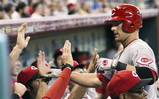 Astros end skid with 5-3 win over Reds