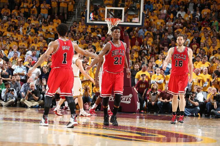 Bulls take fight to Cavs, take Game 1 on the road behind Rose, Gasol, Butler