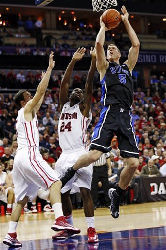 No. 1 Duke tops Davidson 67-50 to remain unbeaten