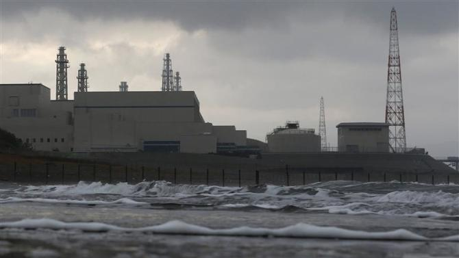 File picture shows Tokyo Electric Power Co.'s Kashiwazaki Kariwa nuclear power plant, which is the world's biggest, as seen from a seaside in Kashiwazaki