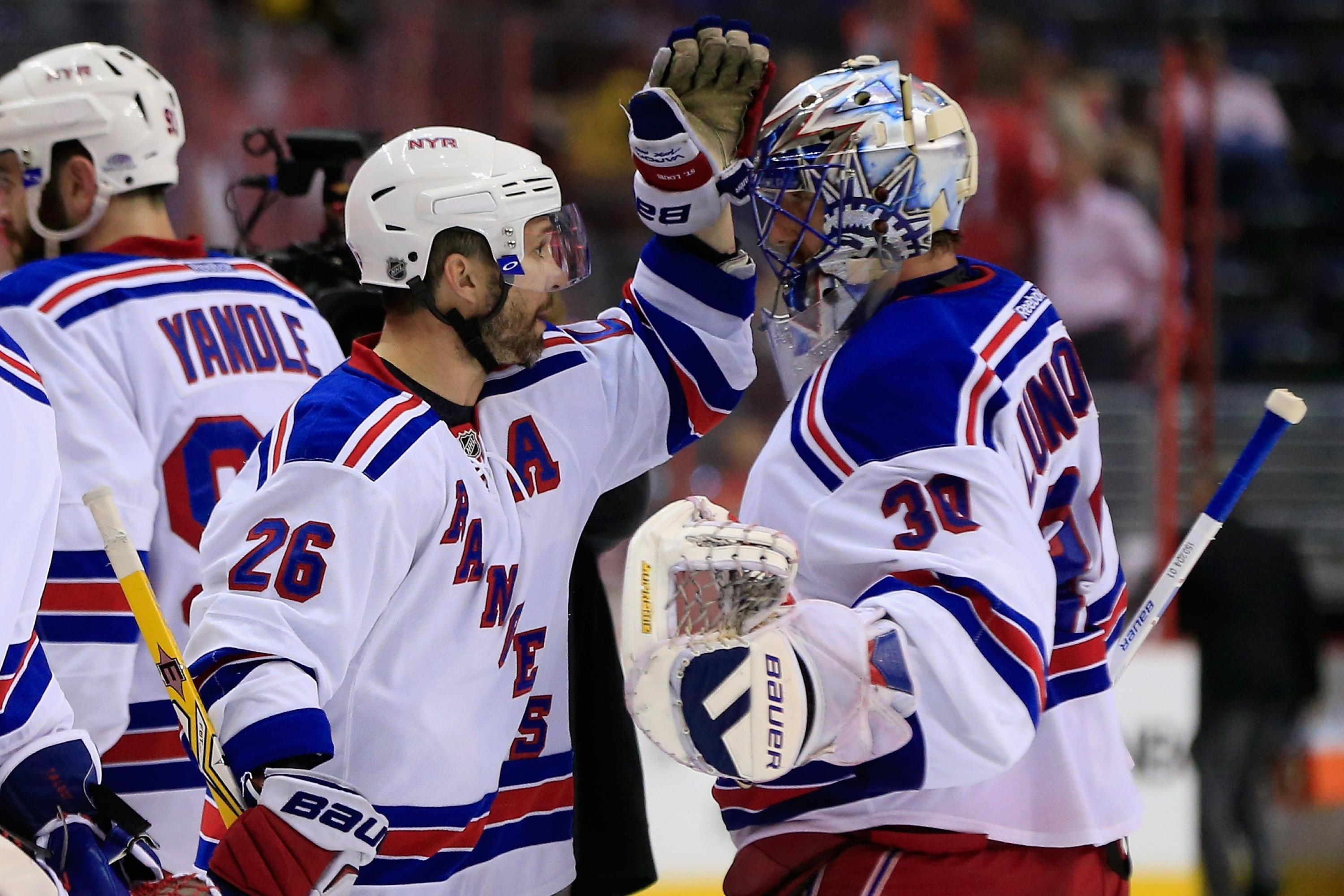 Puck Daddy Power Rankings: Marty St. Louis struggles, Michel Therrien's problems