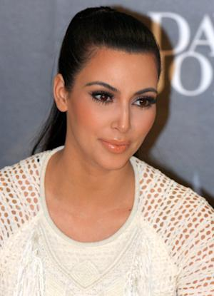 Kim Kardashian's 'Nori' Necklace: Is She Trying to Be Like Beyonce?
