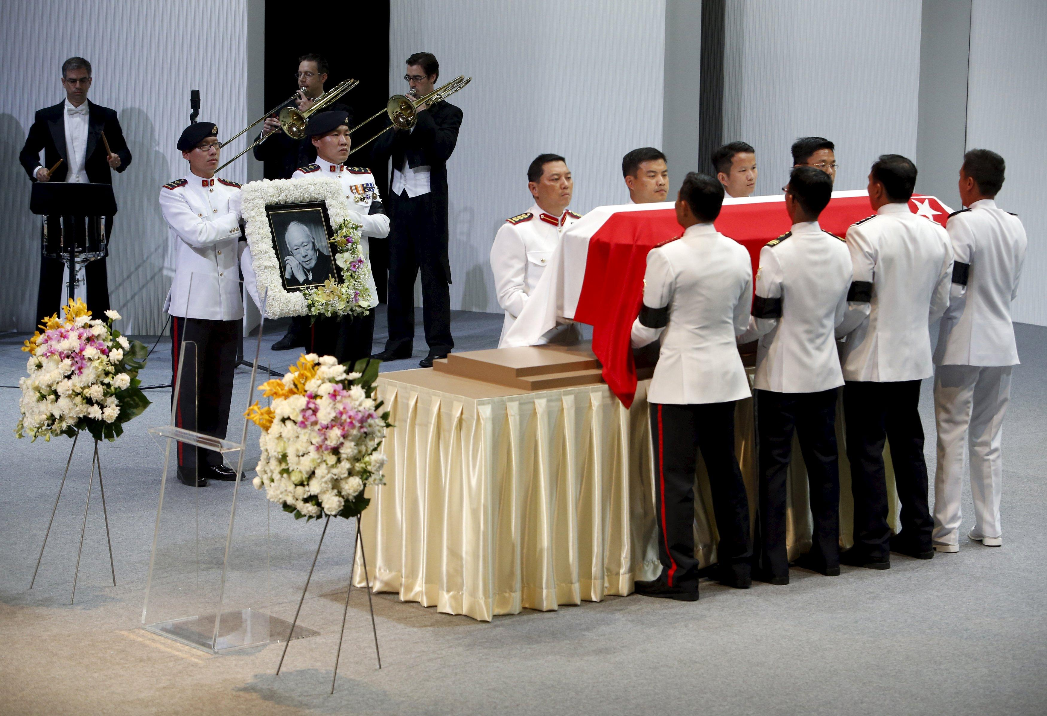 Singapore stands still as nation bids farewell to founding father Lee