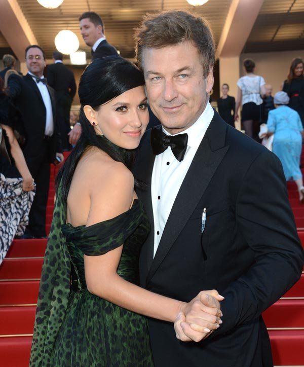 Alec Baldwin Sets Wedding Date With Hilaria Thomas