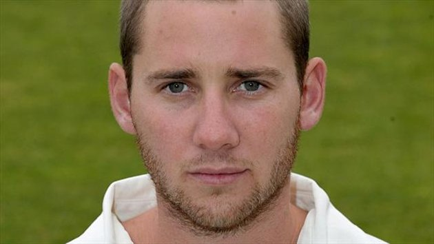 Chris Cooke top scored with 85 runs from 76 balls for Glamorgan