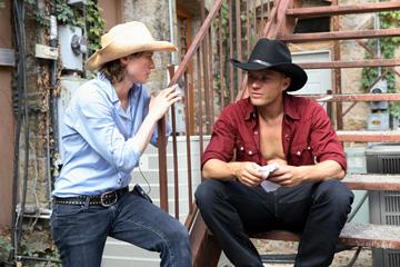 Director Kimberly Peirce and Ryan Phillippe on the set of Paramount Pictures' Stop-Loss