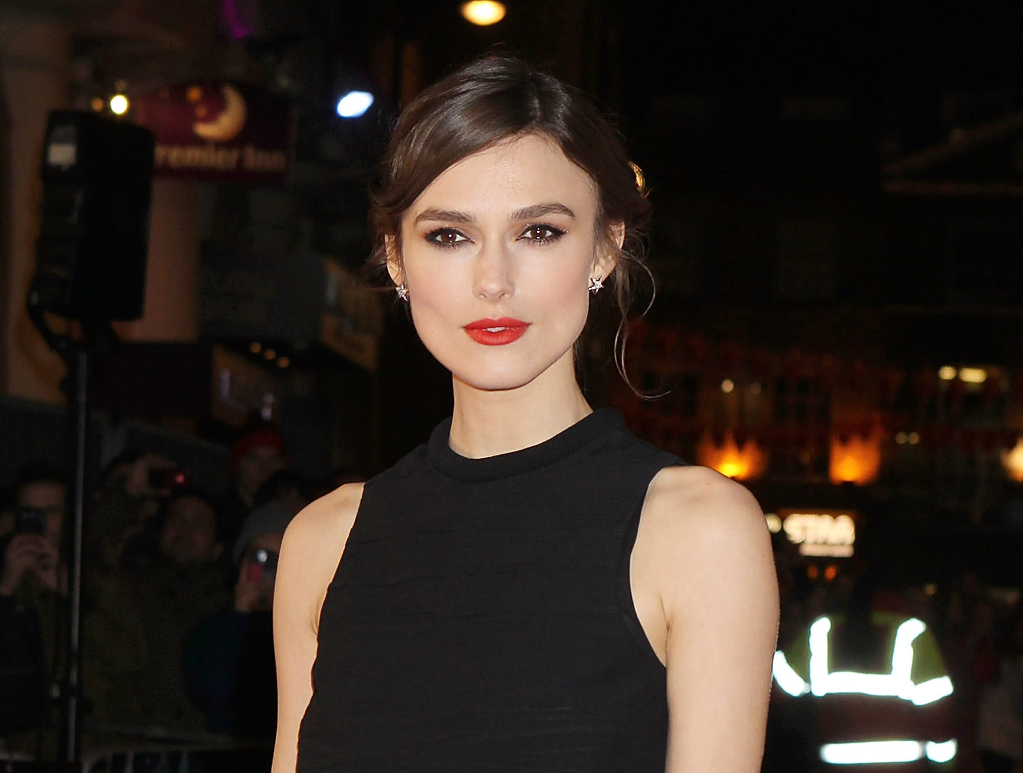 Injury forces Keira Knightley to miss Broadway show