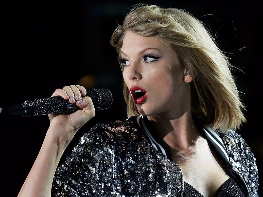 Taylor Swift calls out Kanye West for 'misogynistic' lyric about her