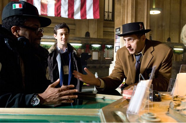 Director Spike Lee Joseph Gordon-Levitt John Turturro Miracle at St. Anna Production Stills Touchstone 2008