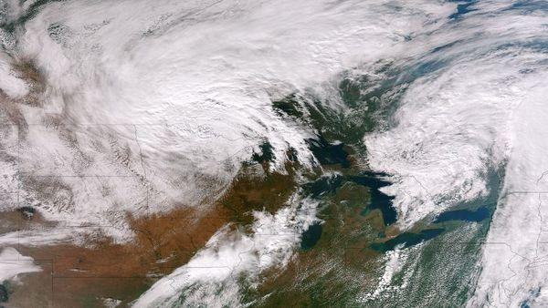 Large Cold Front Creeping Across US, Seen From Space